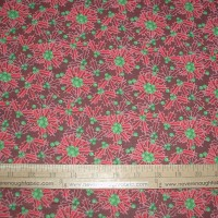 MDG Christmas Holly on red