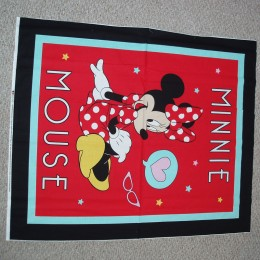 Cotton Quilt Top Panel Minnie Mouse on red