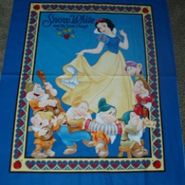 Cotton Blanket Quilt top panel Snow White and the 7 Dwarfs